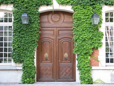 Home design ideas that will increase security and privacy - choose the right front door!